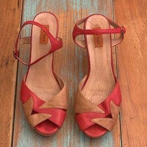 MIZ MOOZ Platform Ankle Strap Woman's Heels.